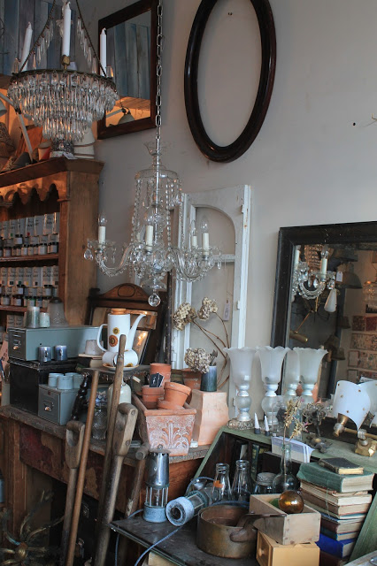 Where To Find The Most Beautiful Selection Of Vintage And